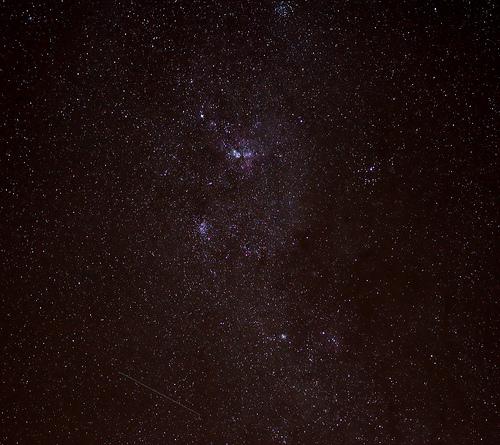 Le stelle producono molecole simili a quelle del petrolio