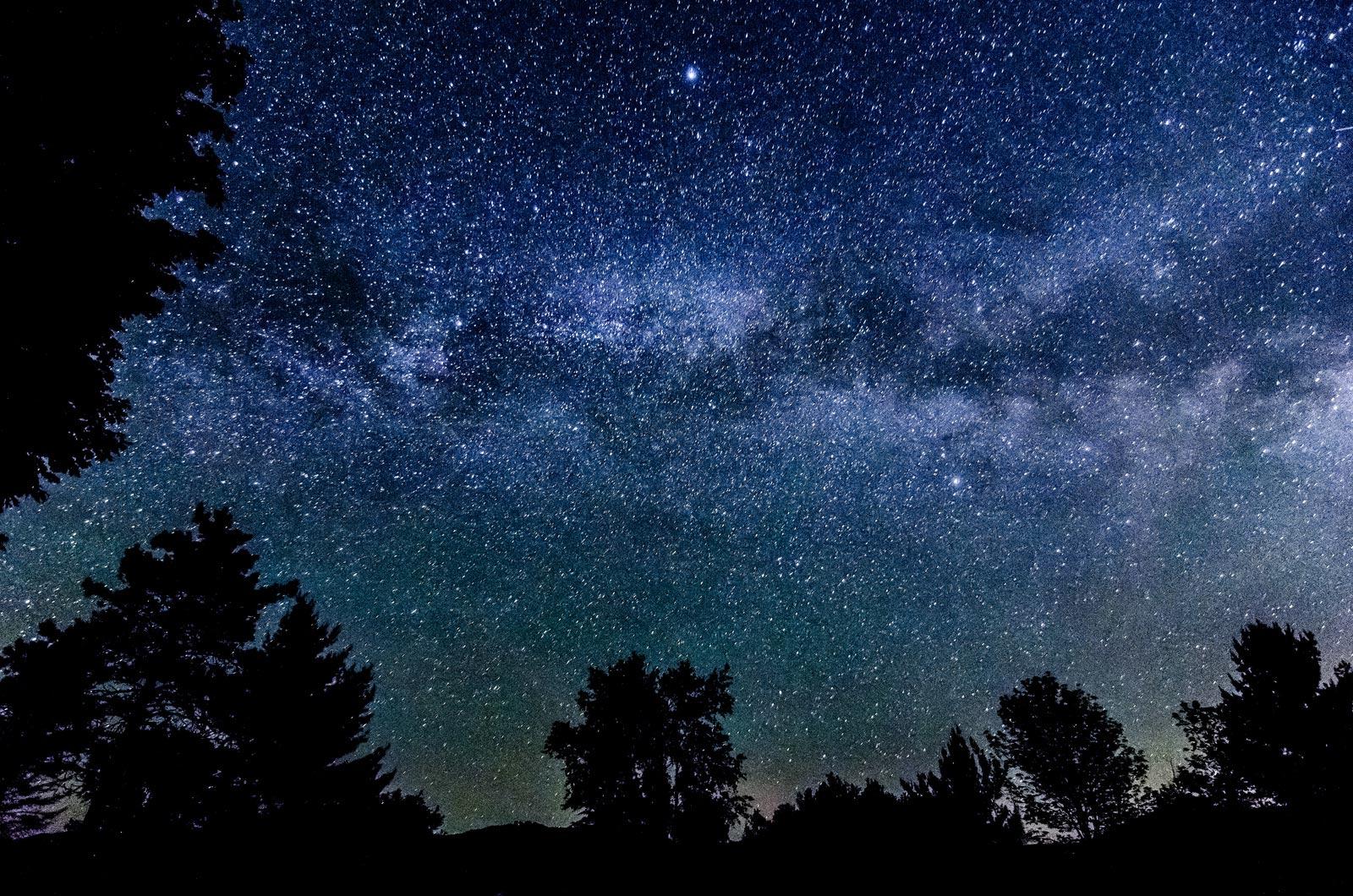 La via lattea pesa la met di andromeda galileo for Foto galassie hd