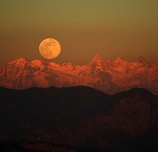 Stasera torna la superluna