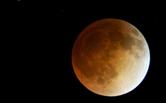 L'eclissi di superluna del 28 settembre