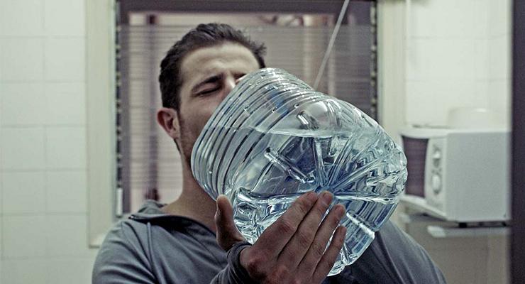 Bere tanta acqua riduce l'appetito - Galileo
