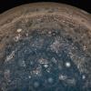 Sotto le nubi di Giove soffiano venti fino a 3mila km di profondità
