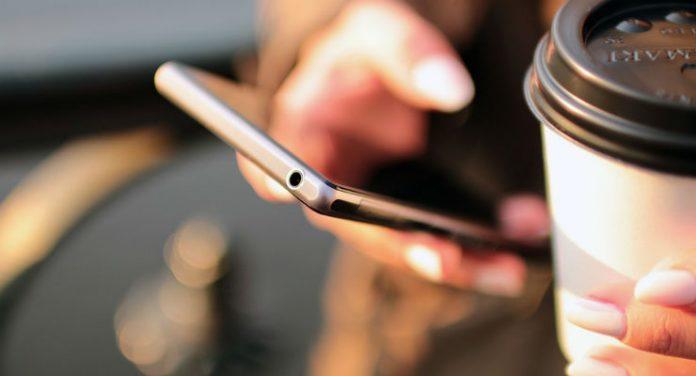 smartphone (Foto via Pixabay)