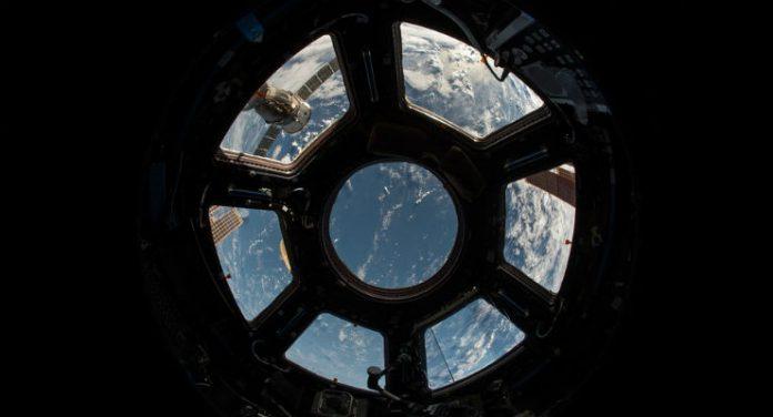 batteri sulla stazione spaziale