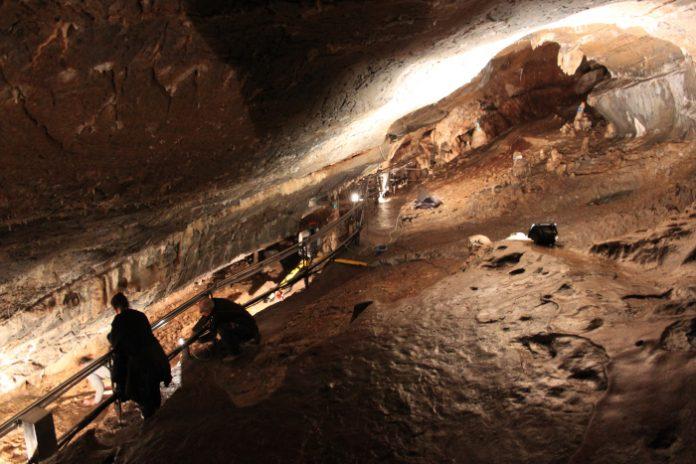grotta della bàsura