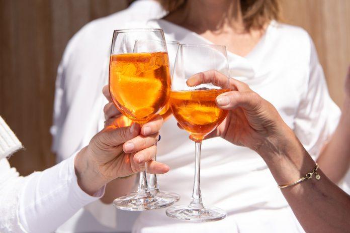 consumo alcol italia vino superalcolici