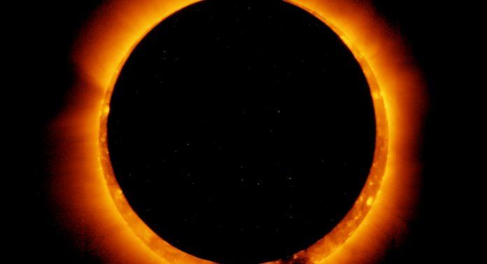 eclissi anulare solare sole luna diretta