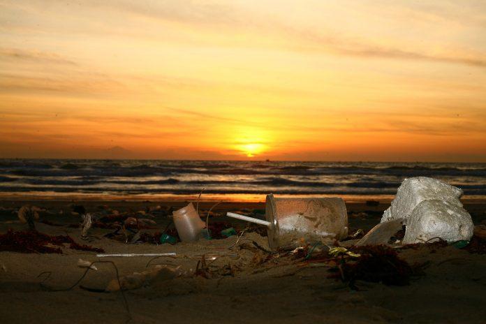 microplastiche plastica mare inquinamento oceani