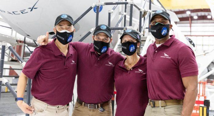 space x crew-1 dragon nasa shuttele lancio partenza missione